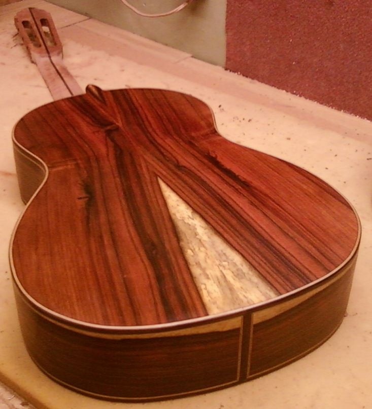 Покрытия акустической гитары своими руками
